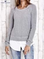 TOM TAILOR Szary sweter z koszulą                                  zdj.                                  2