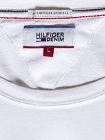 TOMMY HILFIGER Biały t-shirt męski z napisem                                   zdj.                                  6