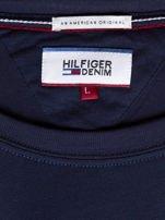 TOMMY HILFIGER Granatowy t-shirt męski z napisem                                   zdj.                                  6