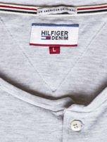 TOMMY HILFIGER Szara bluzka męska z guzikami                                  zdj.                                  6