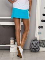 Jasnokoralowe gładkie spodenki spódniczka tenisowa