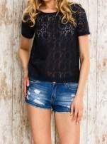 VERO MODA Granatowy ażurowy t-shirt                                  zdj.                                  1