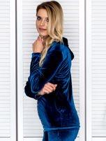 Welurowa bluza damska z diamencikami przy suwaku turkusowa                                  zdj.                                  5