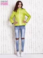 Zielona pikowana kurtka z wykończeniem w groszki                                  zdj.                                  6