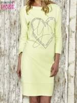 Zielona sukienka dresowa z sercem z dżetów
