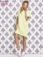 Zielona sukienka dresowa ze ściągaczem na dole                                  zdj.                                  2