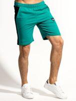 Zielone szorty męskie z kontrastowymi wstawkami                                  zdj.                                  1