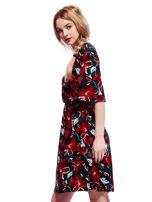Zielono-czerwona sukienka w kwiaty z kopertowym dekoltem                                  zdj.                                  6