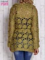 Zielony sweter  z wiązaniem w pasie                                  zdj.                                  4
