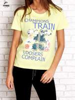 Zielony t-shirt z kwiatowym numerem 25                                  zdj.                                  1