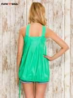 Zielony top damski na ramiączkach z guzikami                                  zdj.                                  2