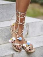 Złote sandały damskie gladiatorki z pomponami                                  zdj.                                  1