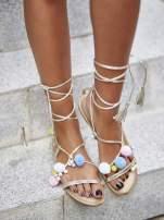 Złote sandały damskie gladiatorki z pomponami                                  zdj.                                  5