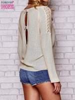 Złoty błyszczący sweter z koronkowymi wstawkami                                                                          zdj.                                                                         5