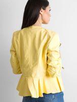 Żółta kurtka ze skóry ekologicznej                                  zdj.                                  2